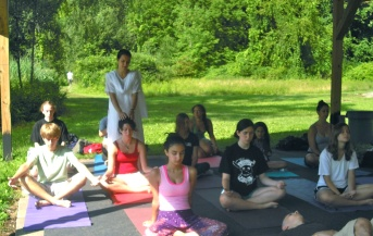 Meditation-Class-with-Veronica-Moya.JPG